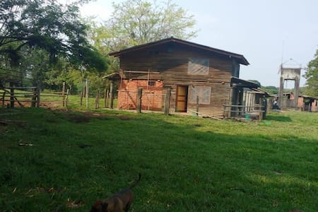 Cabaña en reserva natural con avistamiento de aves