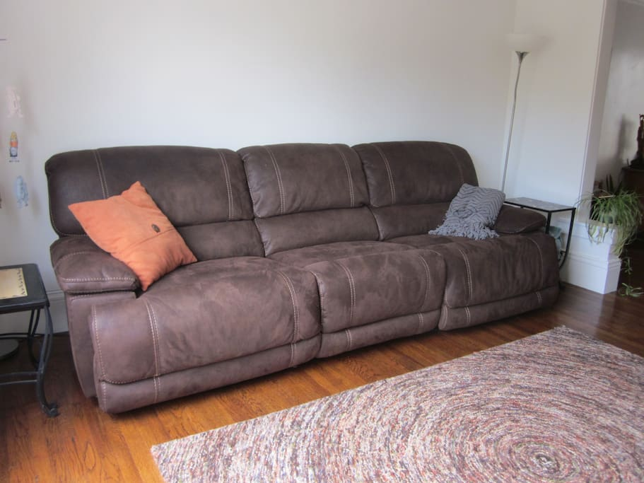 Super comfortable couch easily seats 4 people, with power recliners on both ends!