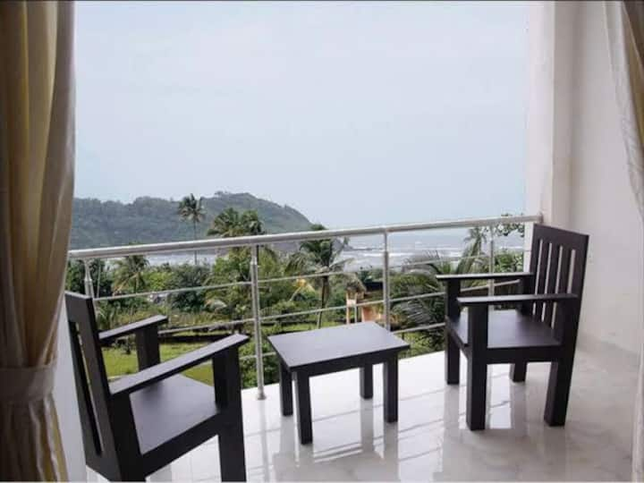 Morjim Sea View 2Rooms walkable to beach with pool