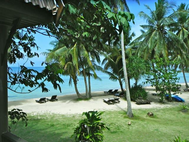 Sea View Bungalow next to the Beach - Ko Phangan - Bed & Breakfast