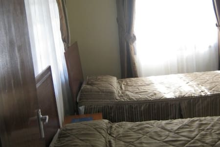 Bedroom with Juniour Beds