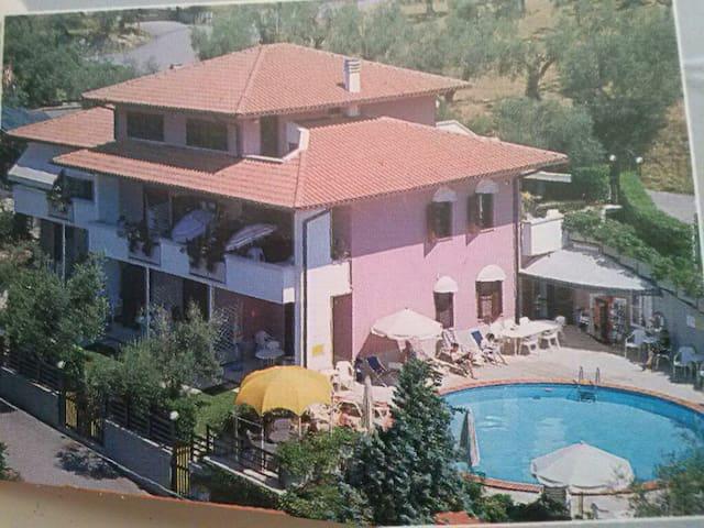 Appartamenti su Lago Trasimeno - San Feliciano - Leilighet