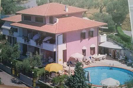 Appartamenti su Lago Trasimeno - San Feliciano - 公寓