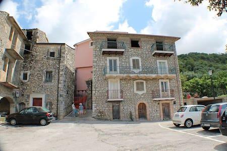 Appartamento tra Formia e Cassino - Coreno Ausonio
