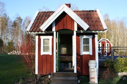 Small Garden Cottage