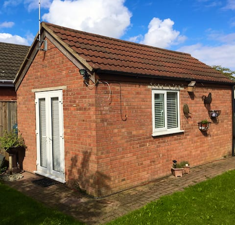 Self contained studio on the edge of the wolds