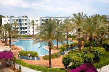 Ibiza, Santa Eulalia. Room beach