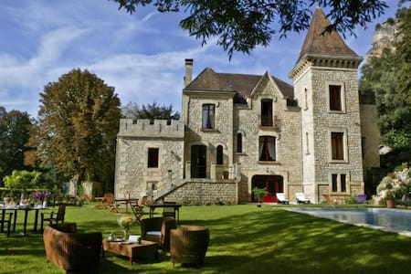 Beautiful Château, Pool, River View - La Roque-Gageac