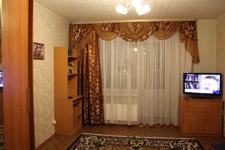 Недорогая просторная квартира в современном доме - Sankt-Peterburg - Apartment