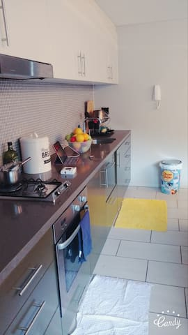 kitchen with all utensils included