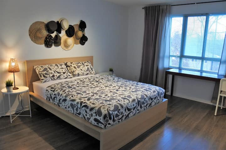 Spacious room in Quiet Low-Rise Condo