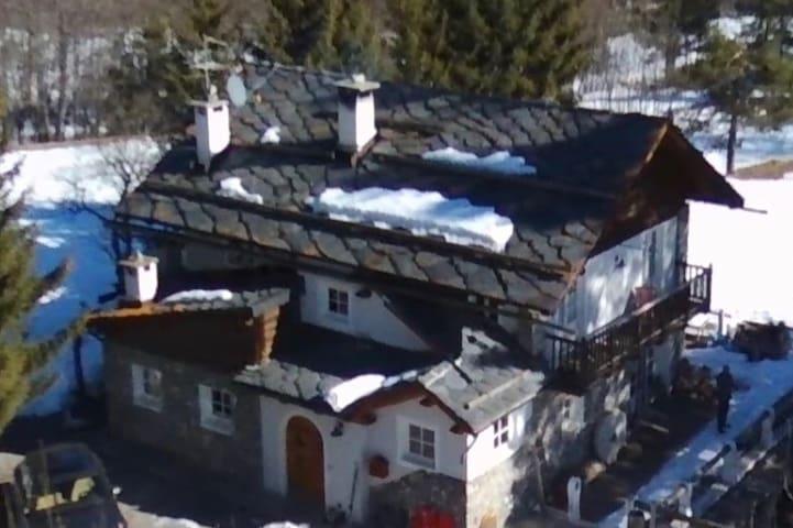 Chalet Villa Rosy