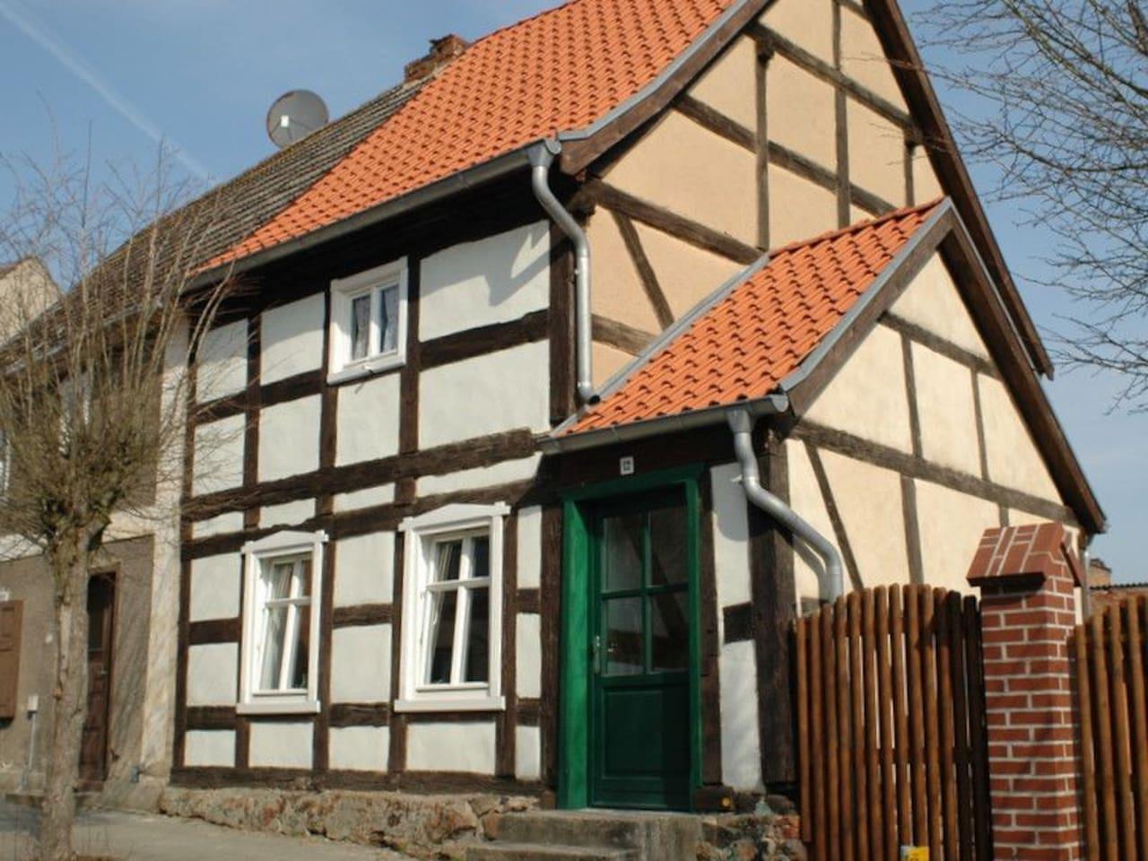 Wohne im ältesten Fachwerkhaus von Brüssow.