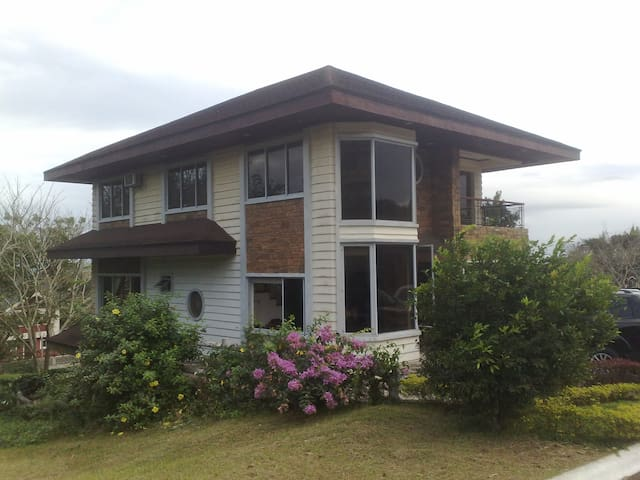Tagaytay 4 Bedroom House - Canyon - Lemery - Ev