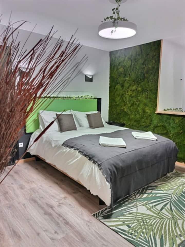 Suite LE JARDIN D'EDEN + Spa + Sauna