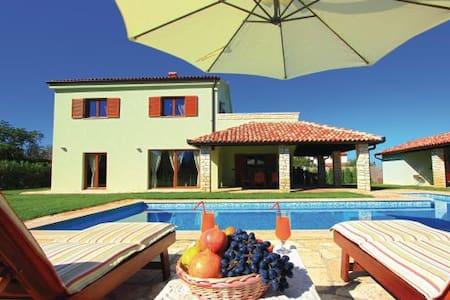 Exclusive Villa fabulous garden! - Villa