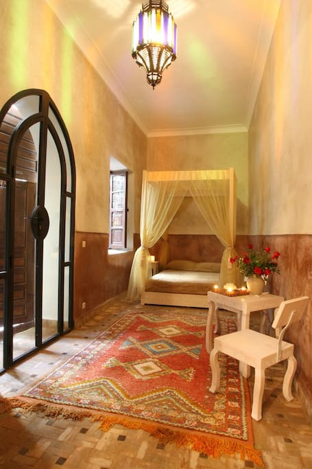 Chambre double riad marrakech chambres d 39 h tes louer for Chambre d hote marrakech