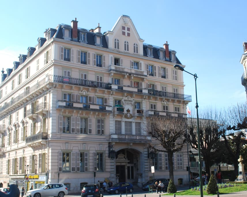 Studio meubl centre ville apartments for rent in aix for Mairie aix les bains
