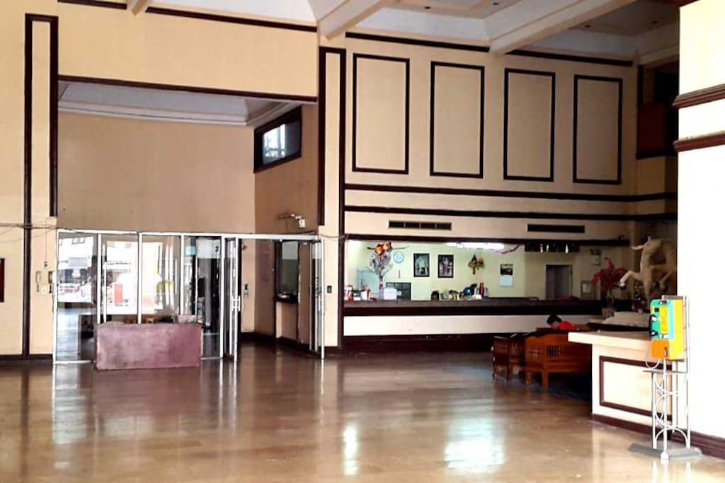 Angeet Pavillion's Large High Ceiling Lobby
