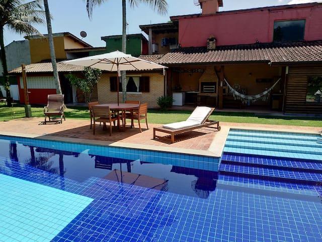 Beautiful suite in Ilhabela coast.