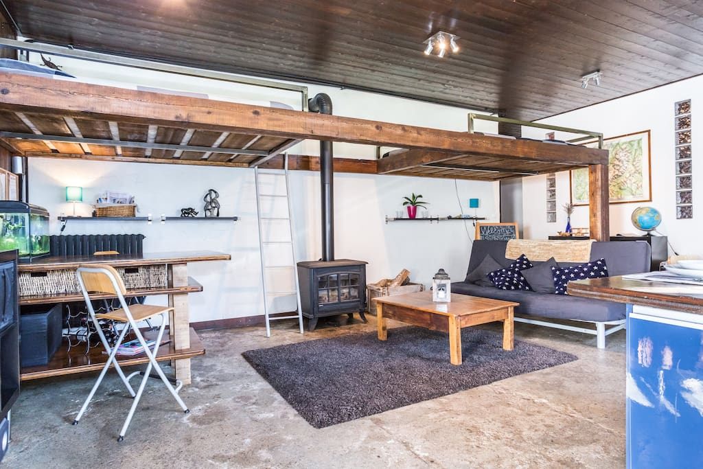80m2 cozy warehouse loft apartment flats for rent in les houches rhone alpes france - The apartment in the warehouse ...