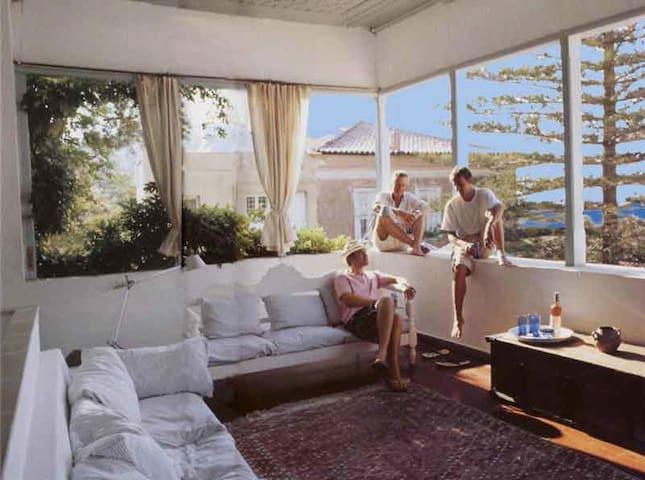 Charming patrician villa near port - Idra