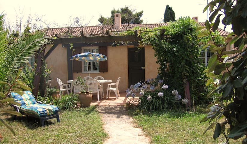 Lovely comfort house near the sea - La Londe-les-Maures - Villa