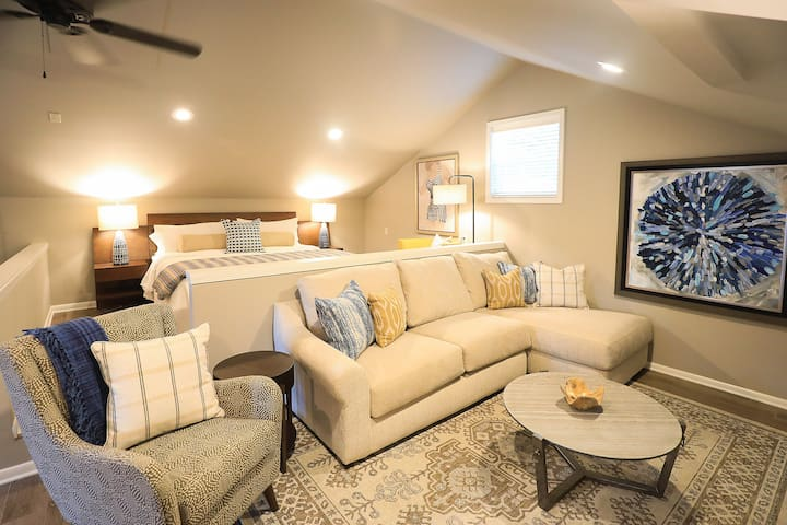 Luxurious private apartment