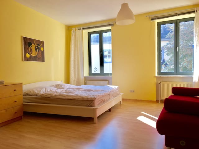 Charmante 1ZimmerWohnung am Schloss - Weimar - Wohnung