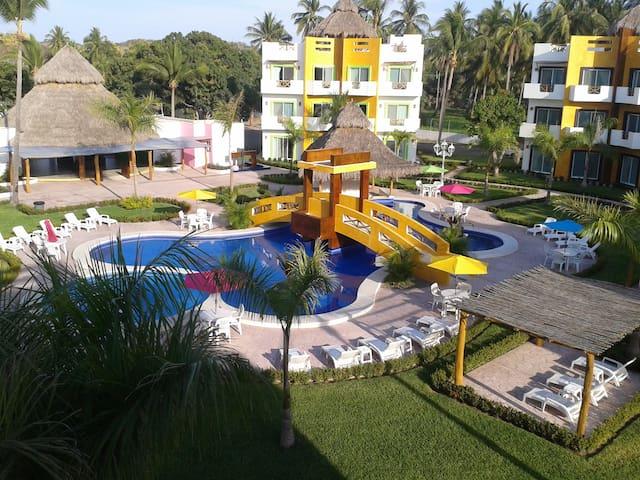 Hotel Villas CocoMango - Barra de Navidad - Villa