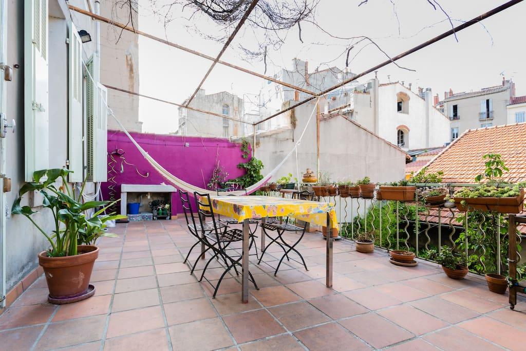 T5 lumineux avec terrasse et jardin apartments for rent in marseille - Terrasse jardin londrina quadra marseille ...