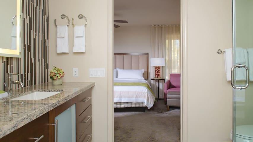 Coachella Wk1/ShuttleStop-Marriott 1 Bdrm  SEDA