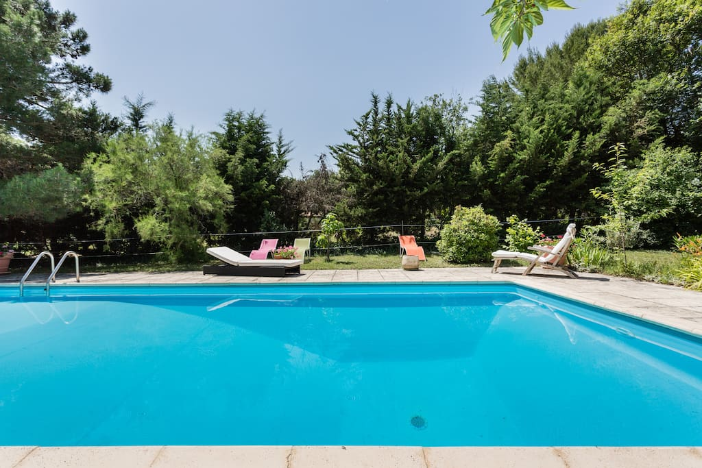Campagne aixoise entremont apartments for rent in aix en for Piscine 5x10