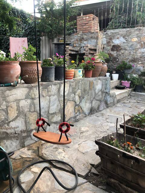 Selcuk- Camlik Stone House with Garden
