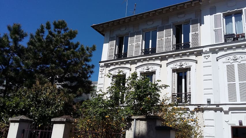 Roomy 3 bed flat for visiting Paris - Charenton-le-Pont - Daire