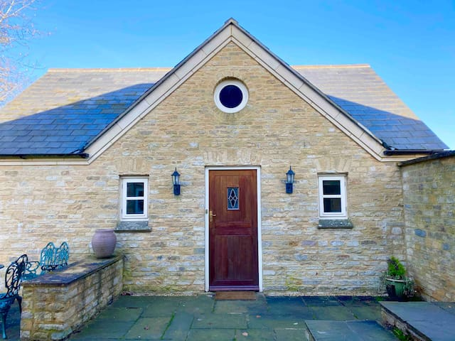 Annexe-for Silverstone/Oxford/Bicester/MK/Blenheim