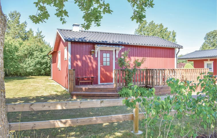 Holiday cottage with 2 bedrooms on 65m² in Köpingsvik