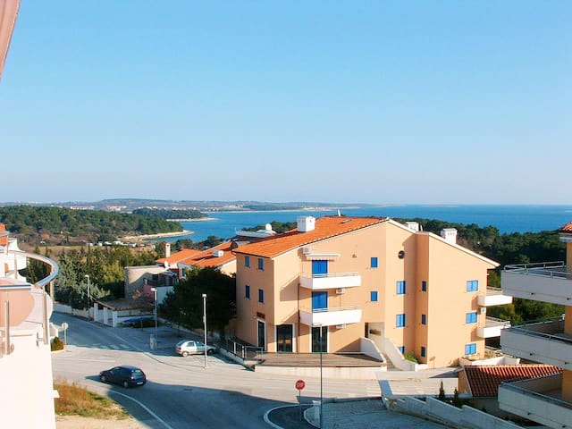 *****Apartment Quince with a sea view