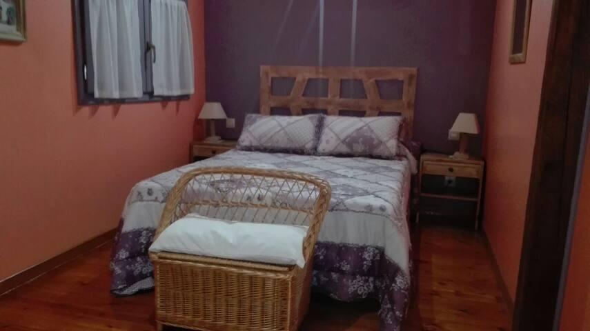 Habitación de matrimonio original La Losa