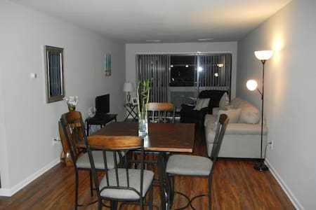 1 BR + Sofabed near UPMC and Wexford - Pittsburgh - Pis