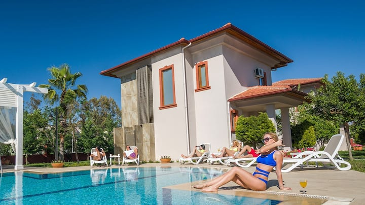 Your House at Belek (Cozy Villa for 6 people)