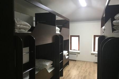8 Местный номер - Kazan - Hostel