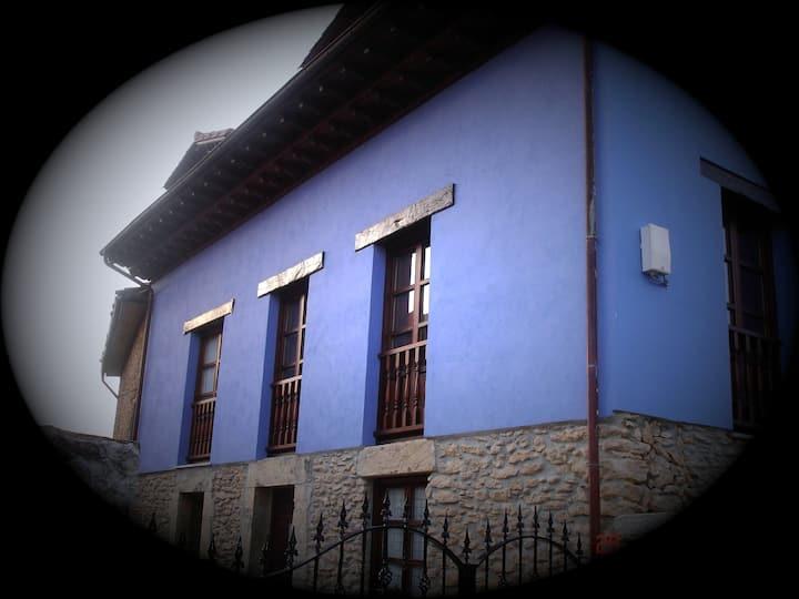 Casa de estilo tradicional asturian