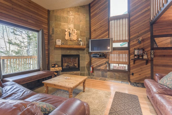 Condo, Snow Shoe 2B, 2 Fireplaces, Wi-Fi, Outdoor Grill, Balcony
