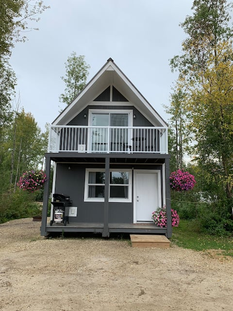Beautiful 2 story cabin just off the Lesser Slave Lake.