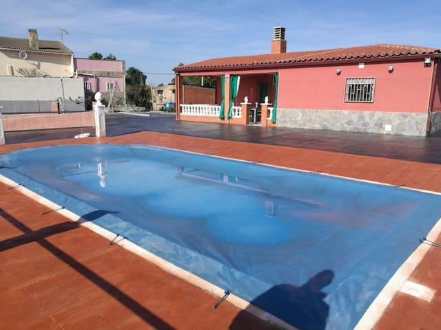 Villa Adrián - Riudarenes - Dom
