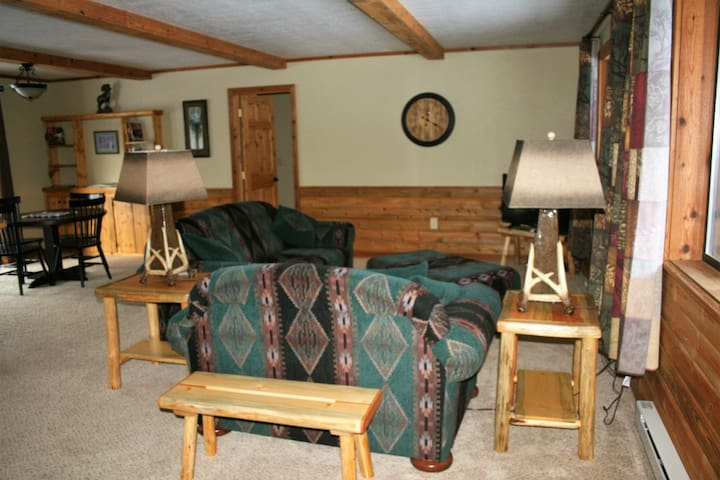 2 Bedroom Cozy Condo in Beautiful Condon, MT - Condon - Condominium