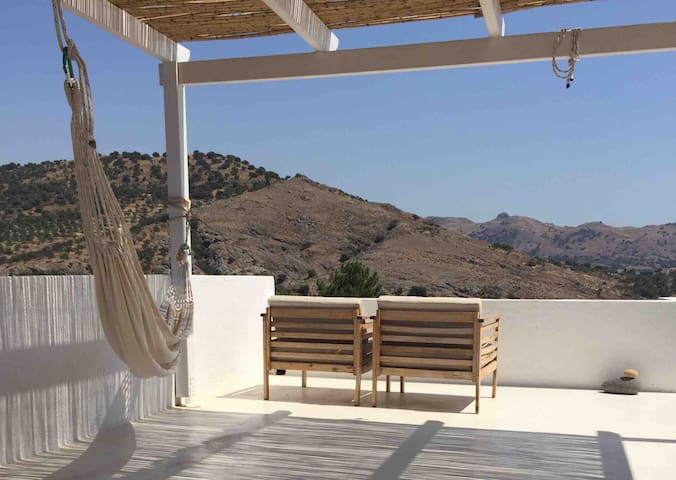 Peaceful Holiday House in Eresos