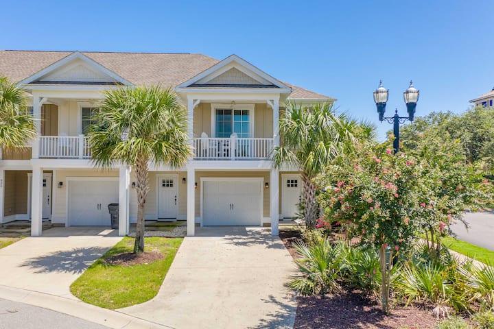 NEW! Luxe N. Myrtle Beach Villa: Resort Amenities!