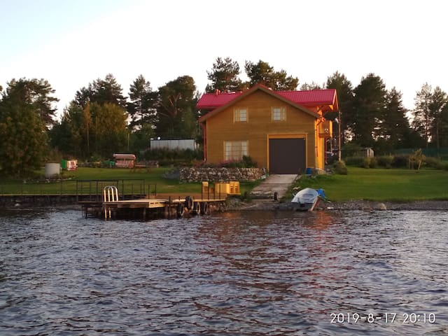 """Гостевой дом """"Онежский берег""""."""